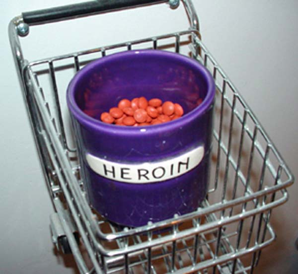 Heroin jar in a shopping cart