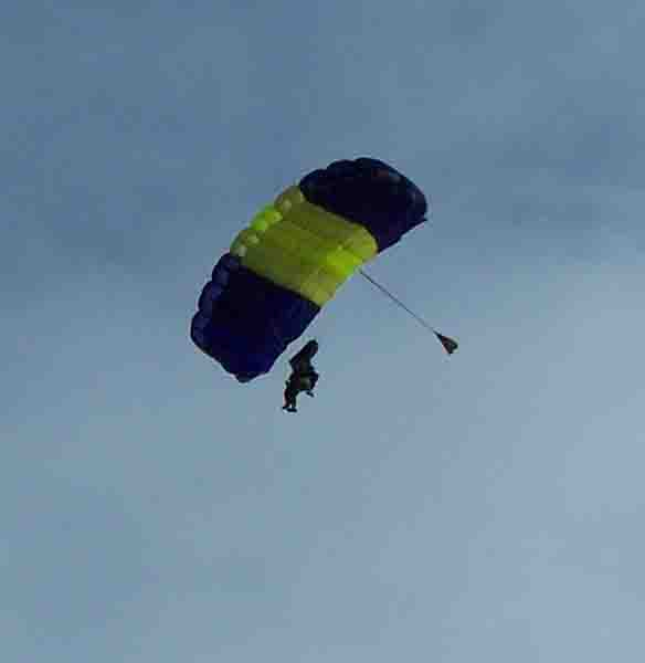 skydiving image by John Yotko